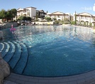 Бассейн Intercontinental Aphrodite Hills Resort 5*