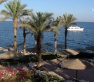 Пляж Grand Rotana Resort & Spa 5*