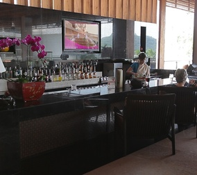 Бар Phuket Panwa Beach Resort 5*