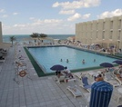Бассейн Beach Hotel Sharjah 3*